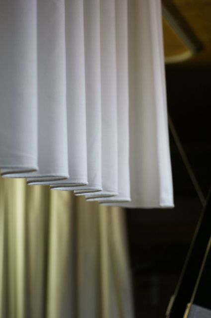 Swing for beautiful curtains with a regular fold goelst
